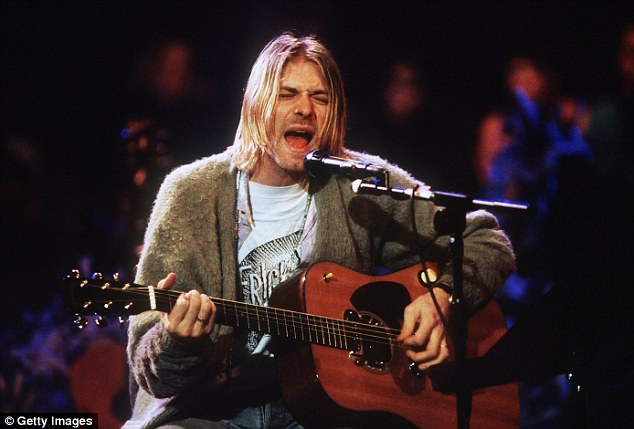 Photos of grunge legend Kurt Cobain's manged body will not be made public after his widow Courtney Love blocked their release