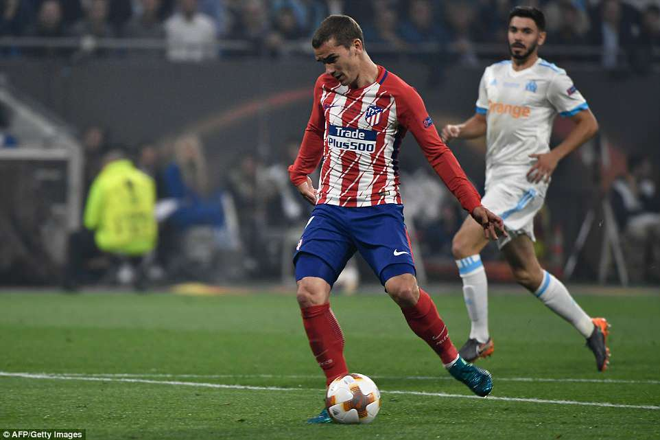 Griezmann is presented with a wonderful chance to score after the ball finds him unmarked on the edge of the box