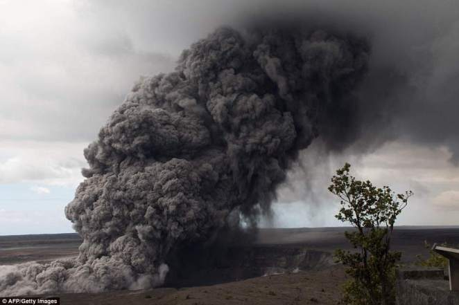 Hawaii's Kilauea volcano erupted from its summit early on may 17, 2018, shooting a huge plume of ash miles into the sky and prompting authorities to urge area residents to take cover