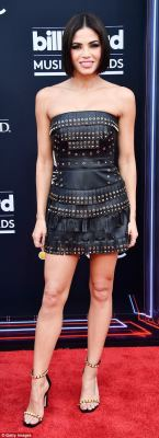 What do you think about the fashion at the Billboard Music Awards this year?