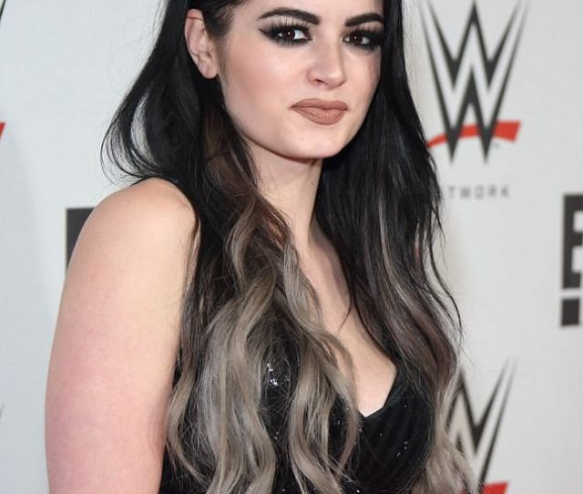 Retired Professional Wrestler Paige Has Had Yet Another Sex Tape Leak Online