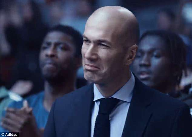 Former Real Madrid manager Zinedine Zidane looks impressed with Schrepfer's skills