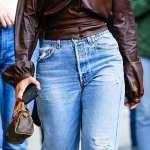 Kourtney Kardashian grabs lunch with sister Kendall Jenner
