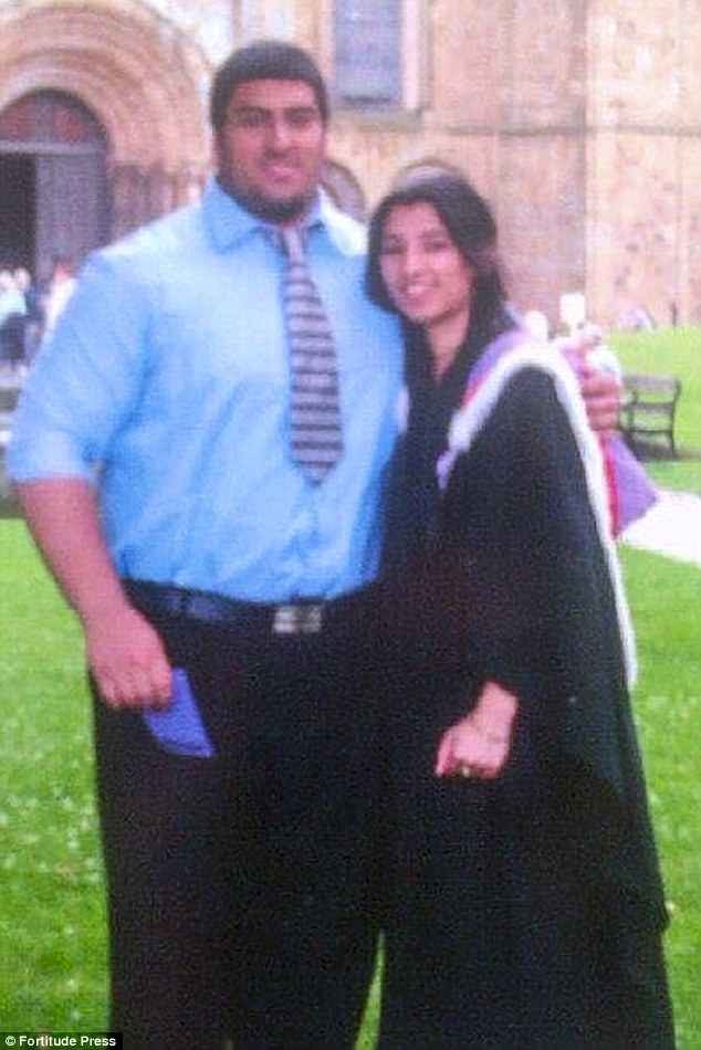 Umar seen with his sister Ameera Malik at her graduation when he weighed up to 28 stone