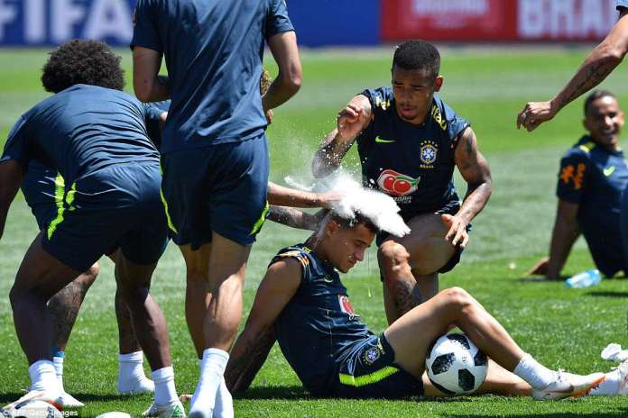 Philippe Coutinho celebrated his 26th birthday in training and the rest of the Brazil squad decided to celebrate it