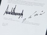 """Donald Trump und Kim Jong-un haben am Dienstag nach ihrem Gipfeltreffen in Singapur ihre Unterschrift auf eine """"vollständige Denuklearisierung der koreanischen Halbinsel"""" abgegeben."""