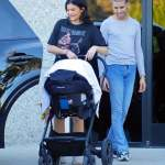 Kylie Jenner spotted with Stormi after deleting her photos on instagram