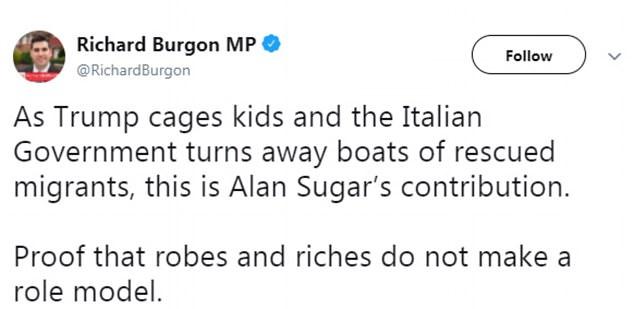"""MP Richard Burgon sagte, der Tweet sei """"Beweis"""" dass Roben und Reichtümer kein Vorbild sind"""