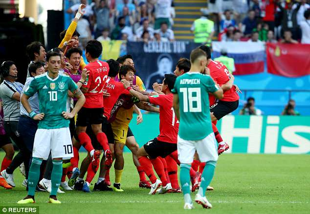 There were totally contrasting scenes of jubilation among the South Korea players
