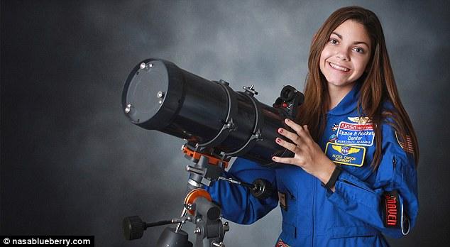 alyssa carson telescope ile ilgili görsel sonucu