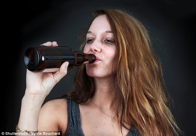 Heavy drinking leads to heart attacks by causing toxic iron to build up in the body (stock)