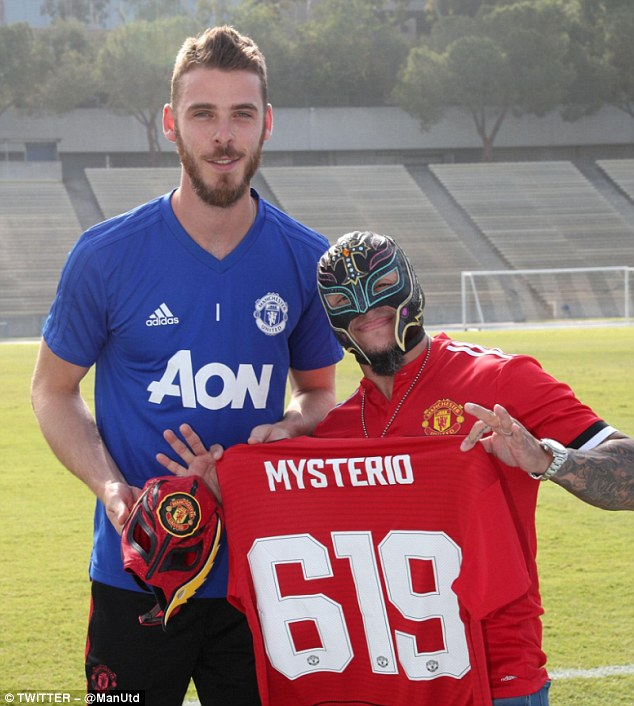 The goalkeeper also got to meet Rey Mysterio, one of his favourite wrestlers, and he got a mask