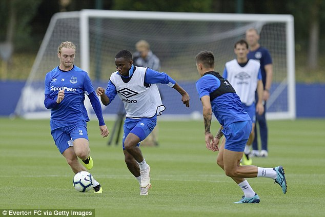 Ademola Lookman in action during Everton's training session at USM Finch Farm on Thursday