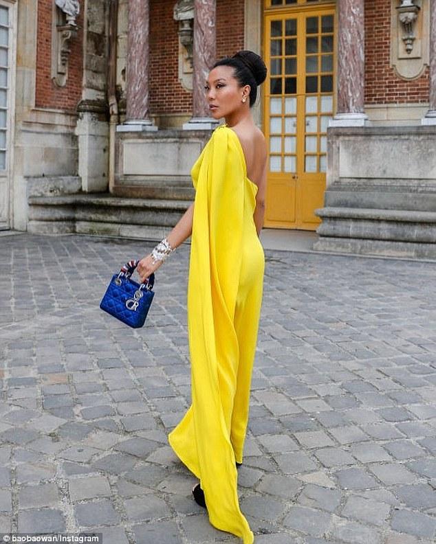 Mme Baobao est une ambassadrice de Dior et a déjà collaboré avec MAC pour une collection beauté 2015