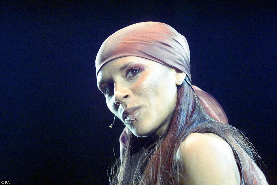 Une fille pas si innocente: entre 2003 et 2007, Victoria a continué à travailler sur sa carrière solo, avec deux albums supplémentaires enregistrés, dont aucun n'a été publié officiellement (mais a fui des années en ligne). David a été signé à LA Galaxy et la famille a déménagé à Los Angeles, avec le troisième fils Cruz né en 2005