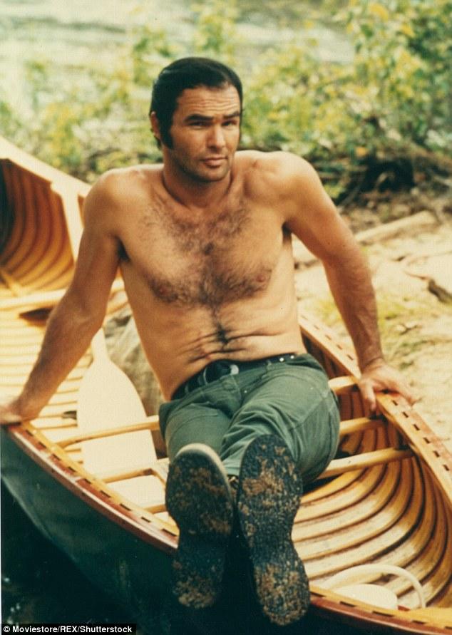 Son premier grand rôle dans le film est celui de Lewis Medlock dans le film Deliverance (photo) en 1972