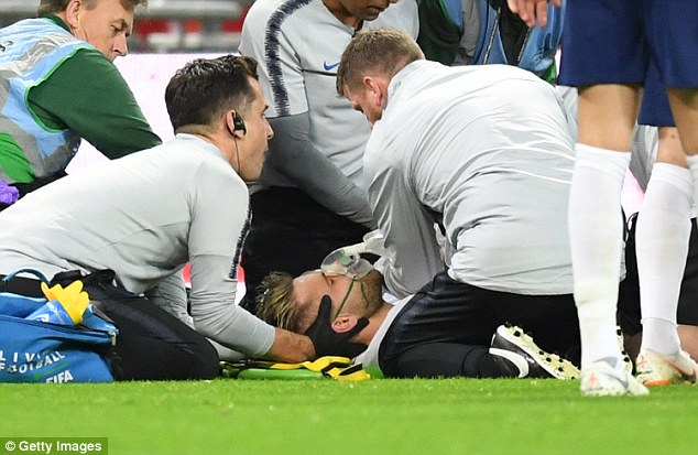 Luke Shaw hopes to be back in contention for Manchester United next week