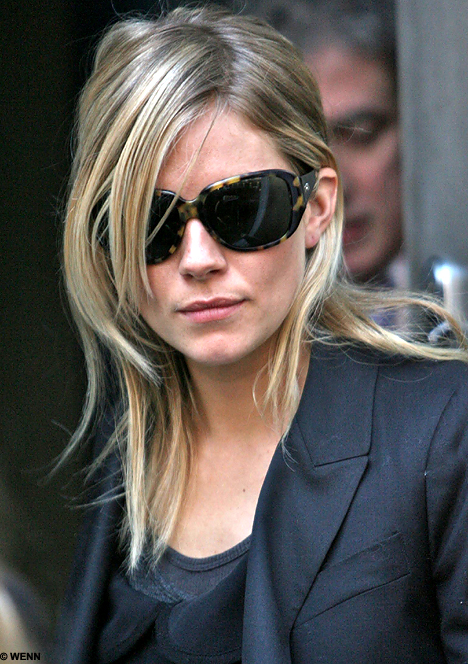 Sienna Miller I Felt Hunted By Frenzied Paparazzi Daily