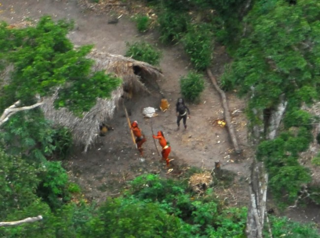 http://www.dailymail.co.uk/news/article-1022822/Incredible-pictures-Earths-uncontacted-tribes-firing-bows-arrows.html