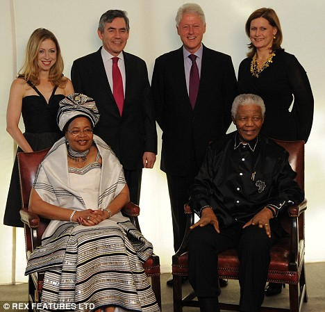 Chelsea Clinton, Graca Machel, Gordon Brown, Bill Clinton, Nelson Mandela and Sarah Brown