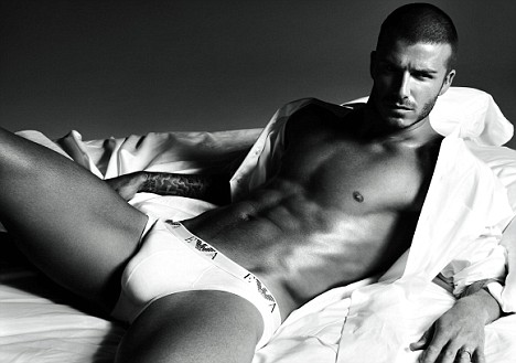 DAVID BECKHAM - THE NEW EMPORIO ARMANI UNDERWEAR TESTIMONIA