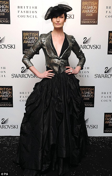 Mixing couture with High Street: Erin O'Connor arrives for the 2008 British Fashion Awards at the Royal Horticultural Hall in London