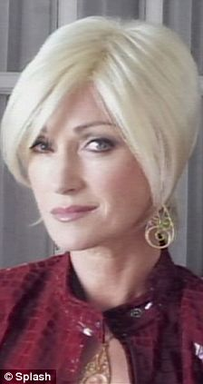 Jane Seymour Switches From Brunette To Platinum Blonde For