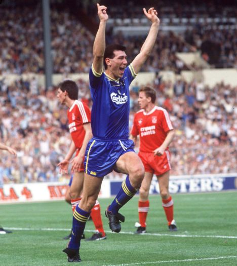 Lawrie Sanchez: I wonder what his opinion on Liverpool will be