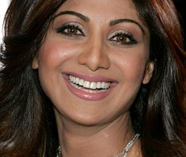 Retail Therapy Shilpa Shetty Uses Shopping As An Excuse To Exercise