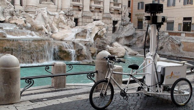 The tricycle at the Trevi Fountain