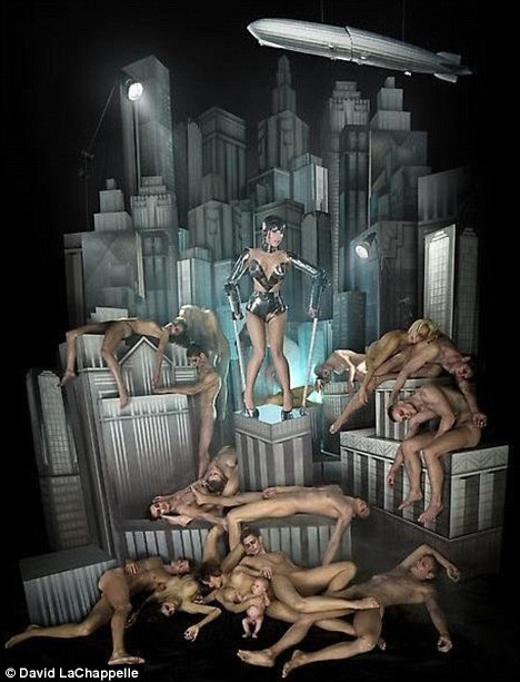 Metropolis: Lady Gaga pays homage to the classic sci-fi film