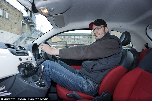 Pictured The 7ft 1ins Learner Driver Who Is Hoping To