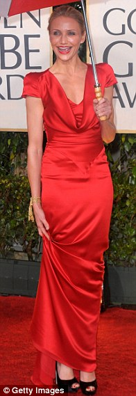 Cameron Diaz arrives at the 67th Annual Golden Globe Awards