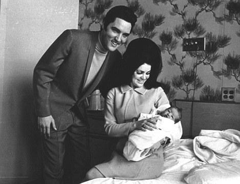 Elvis Presley,
