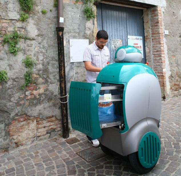 A resident in the Italian town of Peccioli gets to grips with DustCart during the trial