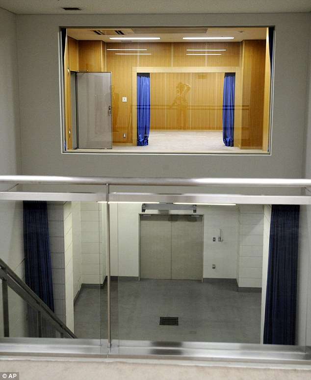 Death drop: From the viewing gallery, the execution chamber can be  seen and the clinical room below where the body hangs