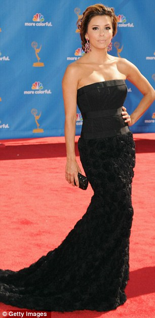 Emmys 2010: Mad Men Girls' Hourglass Silhouettes Herald Fashion Trend For Curves