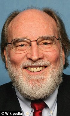Governor Neil Abercrombie is facing renewed pressure over Obama's Hawaiin birthright