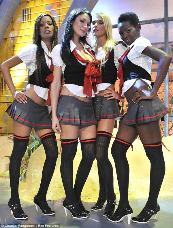 Berlusconi sex probe: Aspiring showgirl claims she slept ...