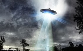 Sighting: Mr Hellyer says he saw a UFO when spending last Thanksgiving near Toronto and he stared at the sky for 20 minutes watching it moving