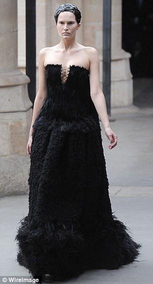 Kate Middletons Royal Wedding Dress Sarah Burton Unveils