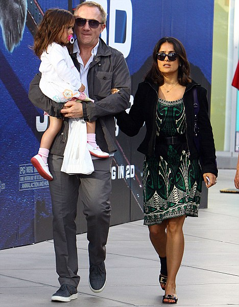 Salma Hayeks Promise To Quit Smoking Goes Up In Flames As