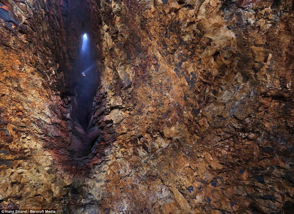 Going down: A scientist descends 650ft into the magma chamber of Iceland's dormant Thrihnukagigur volcano