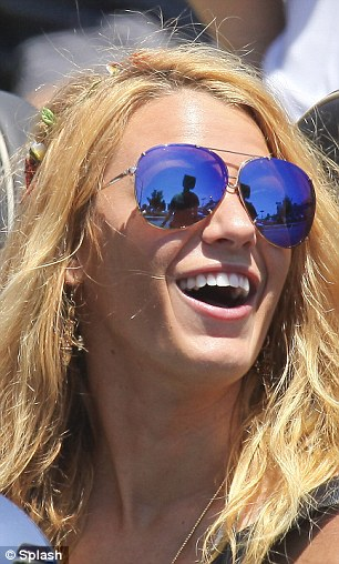 Blake Lively On Set Of Oliver Stone Drug Gang Movie