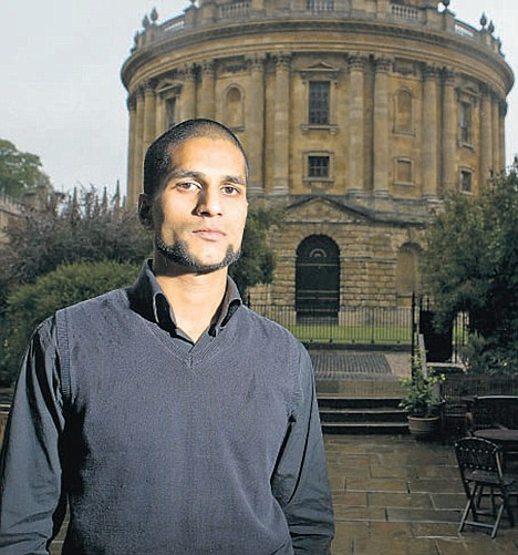 London riots: Oxford graduate 'threw bricks at police' and ...