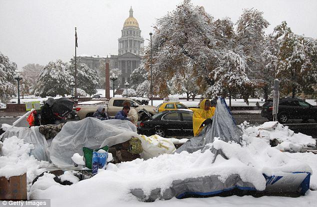 El noreste se puede esperar lo que ya tiene Denver.  Colorado fue golpeado por una tormenta de nieve fuera de temporada a principios de semana, el envío de algunos manifestantes Ocupar en el hospital