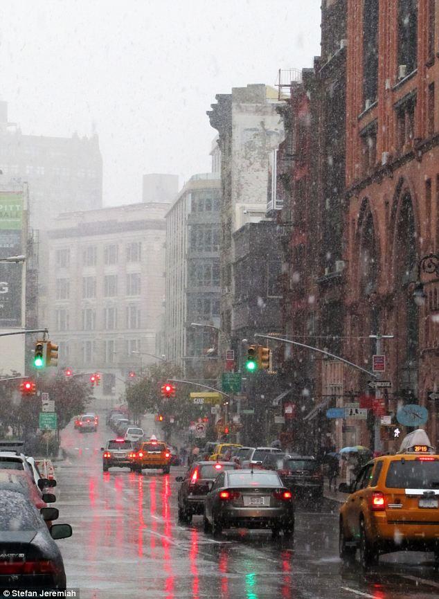 Problemas de tráfico: La nevada se espera que cause problemas de tráfico a lo largo de la costa este