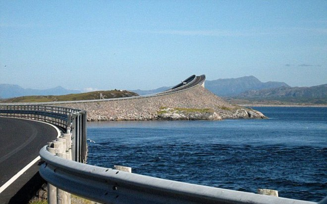 Time to turn around? Storseisundet Bridge in Norway has motorists scared to continue but is merely an optical illusion