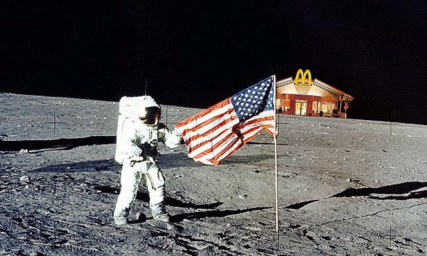 Moon tourists given guidelines by Nasa in bid to preserve ...