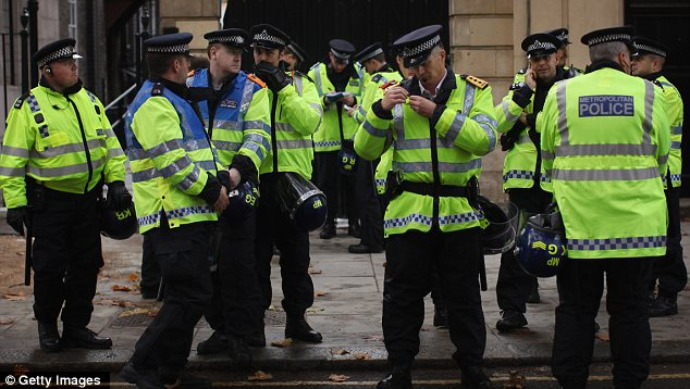 Officers: 4,000 police have been deployed to monitor today's march